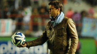 ¿Hay DT en Independiente ? Almeyda se reunió con Moyano y ahora debe arreglar su salida de Banfield