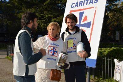 """Mons. Ojea y la Colecta de Cáritas: """"Que el esfuerzo sea verdaderamente eficaz"""""""