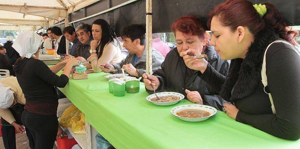 Buscan garantizar calidad de alimentos durante visita papal