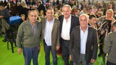 Benedetti se mostró con los candidatos a intendentes