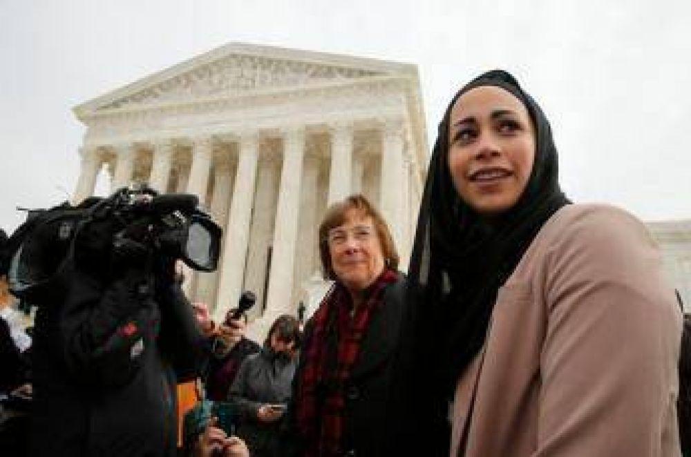 Corte Suprema de EEUU respalda a musulmana a la que se negó empleo por portar velo