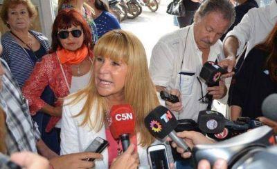 Aída quiere que Rozas y Azula se sumen a la campaña