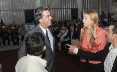 Capitanich y Giorgi presentan IncubarNEA ante 700 emprendedores y pymes de la región