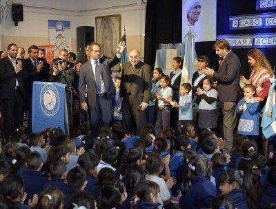 Scioli inauguró obras en el Colegio Madre Teresa de San Fernando