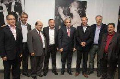 Aníbal Fernández se reunió con intendentes del Conurbano y les explicó sus propuestas