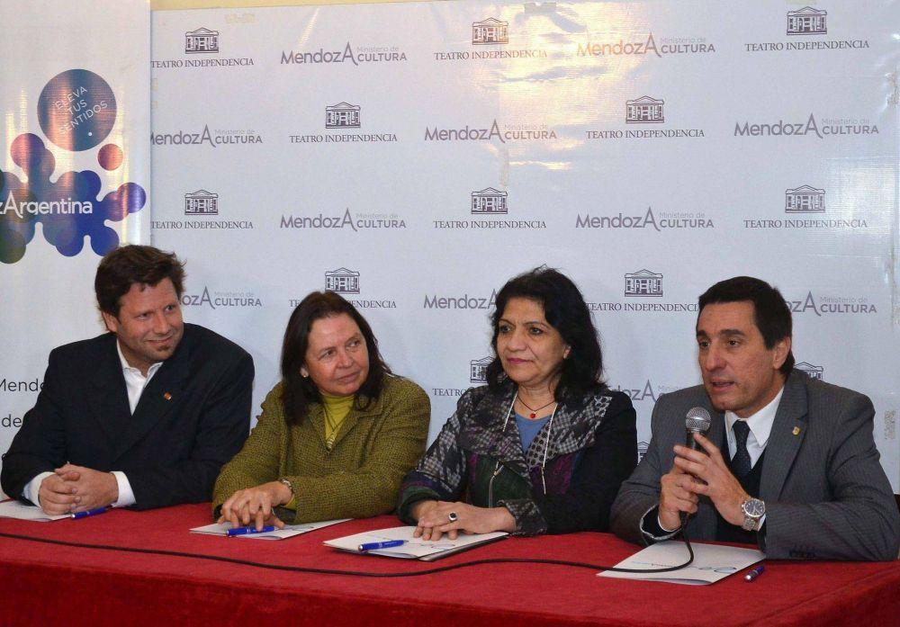 Turismo firmó un convenio con eje en el posicionamiento y promoción del vino argentino