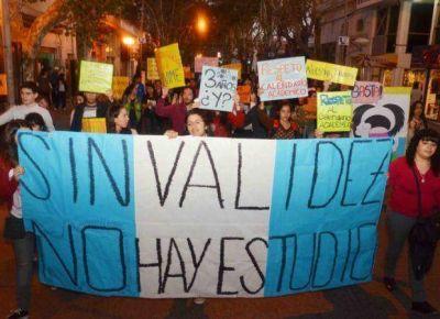 UNViME: nueva marcha a tres semanas del conflicto universitario