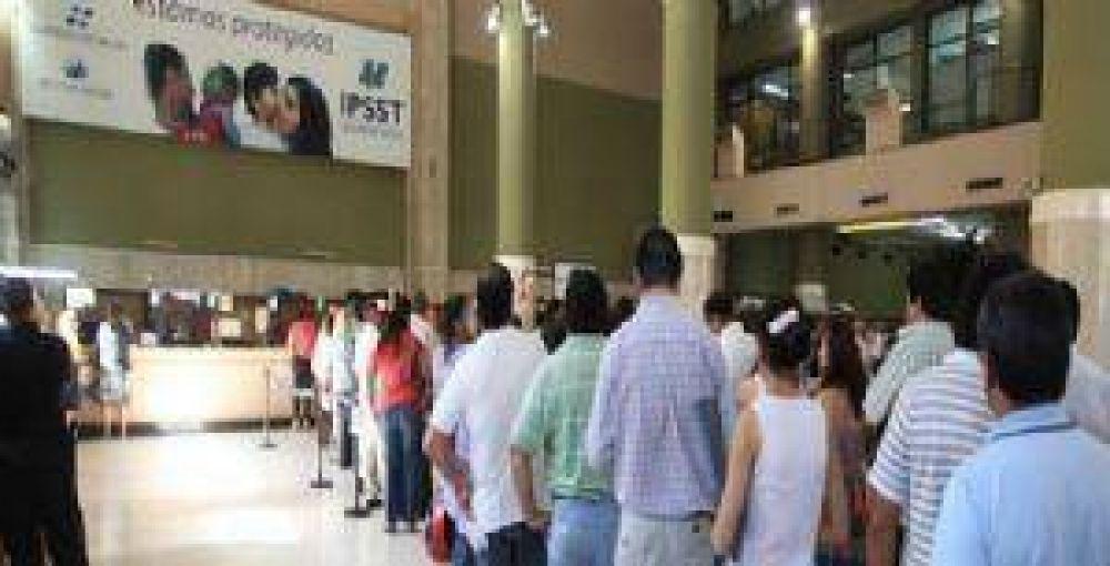 Trabajadores del Subsidio de Salud no atendieron por una protesta