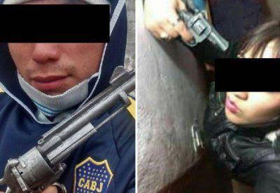 La insólita moda de salteños de posar con armas en Facebook