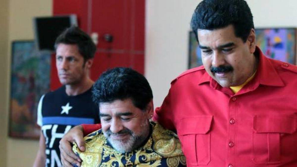Maduro propuso que Diego sea el próximo presidente de la FIFA