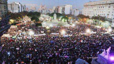 #NiUnaMenos: multitudinario reclamo contra los femicidios y la violencia hacia los mujeres