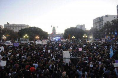 #NiUnaMenos: miles de personas se movilizaron para repudiar la violencia contra las mujeres