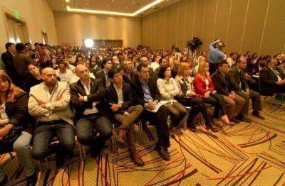 En apoyo a los emprendedores del Chaco, el gobernador inauguró Incubar NEA