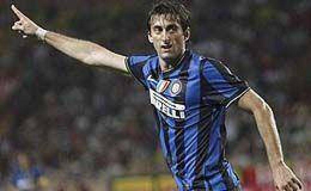 En el debut de Eto´o, Milito marcó para el Inter.