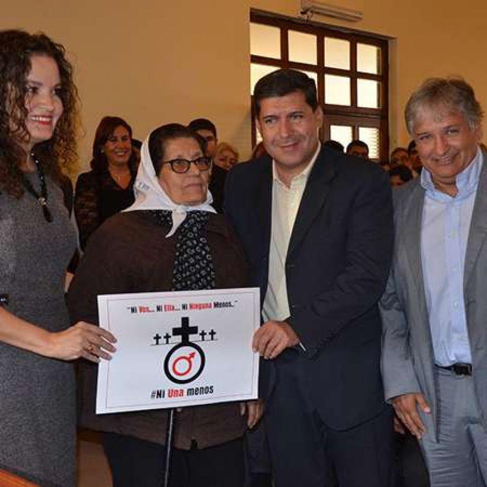 Casas y Bosetti firmaron acta compromiso para erradicar la violencia de genero