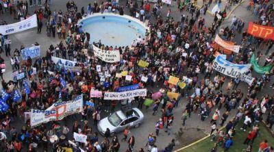 La marcha, con dos puntos de encuentro y un clamor popular