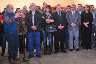 Poggi inauguró la quinta etapa del Plan Mil Más en Buena Esperanza