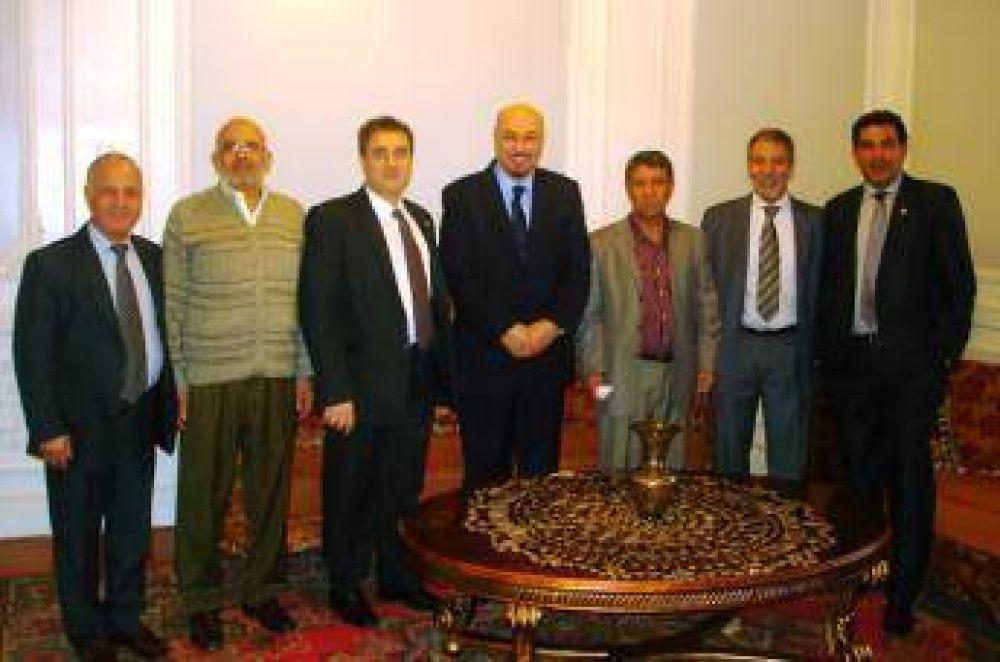 El CIRA recibió la visita del Encargado de negocios de Libia