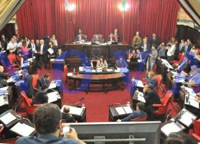 El Senado bonaerense aprobó el boleto estudiantil únicamente para alumnos