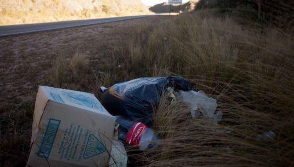 Nunca levantaron la basura del Rally en las Altas Cumbres