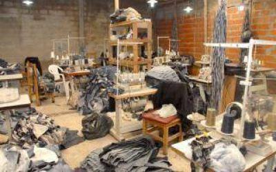 Berisso y La Plata: Allanan talleres clandestinos con empleados en condiciones infrahumanas