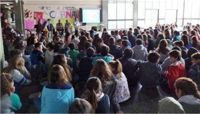 Se brindó una charla sobre tabaquismo a estudiantes secundarios
