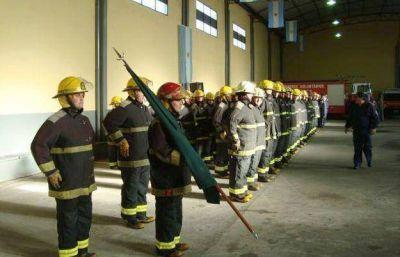Entregaron ascensos y reconocimientos en Bomberos Voluntarios