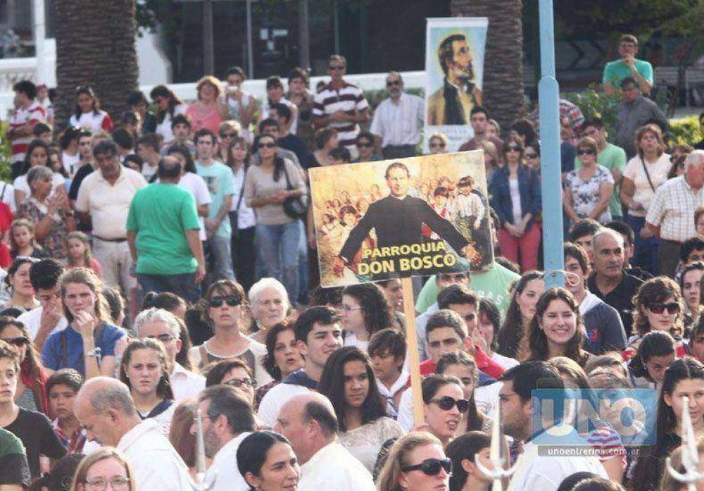Una multitud participó del Corpus Cristi en Paraná