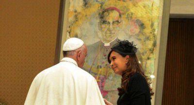 Cristina insinuó que competirá por el Mercosur tras ver al Papa