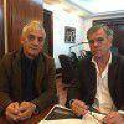 Martínez se reunió con el nuevo titular