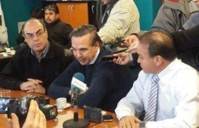 """""""También manejamos datos y vemos el asentamiento del pueblo en función de nuestro futuro gobernador Pichetto"""""""