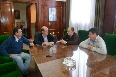 Se firmó ayer el convenio Municipio - Cooperativa y comienzan importantes trabajos en nuestra ciudad