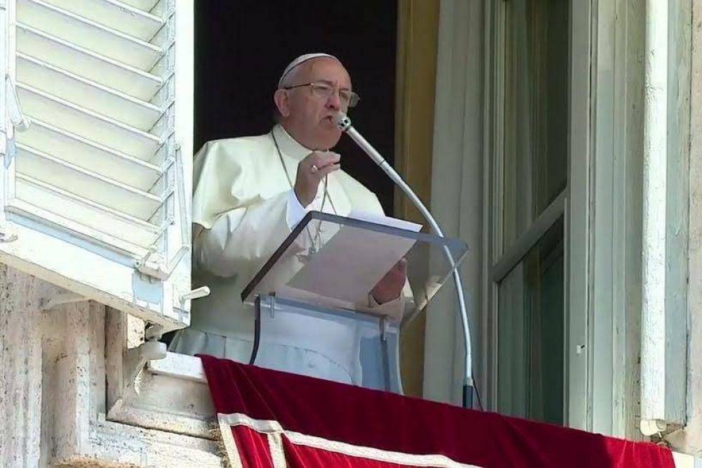 Papa Francisco: Cristo es el pobre que nos extiende su mano, el más pequeño e indefenso