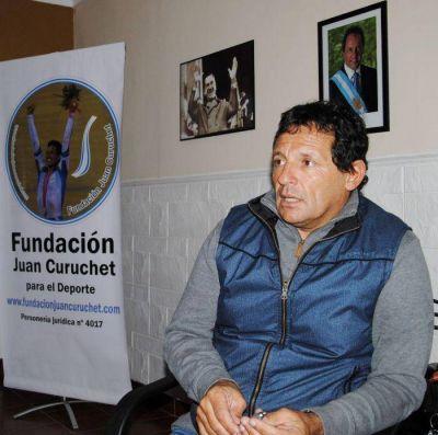 """Juan Curuchet: """"La única manera de cambiar las cosas es desde adentro"""""""
