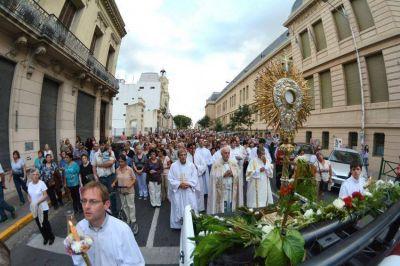 Obispos argentinos celebran Corpus Christi: Llaman a la misión y hacer presente a Jesús Eucaristía