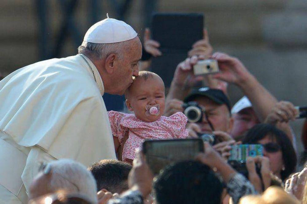 "Rifa ""Abrazo al Papa"""