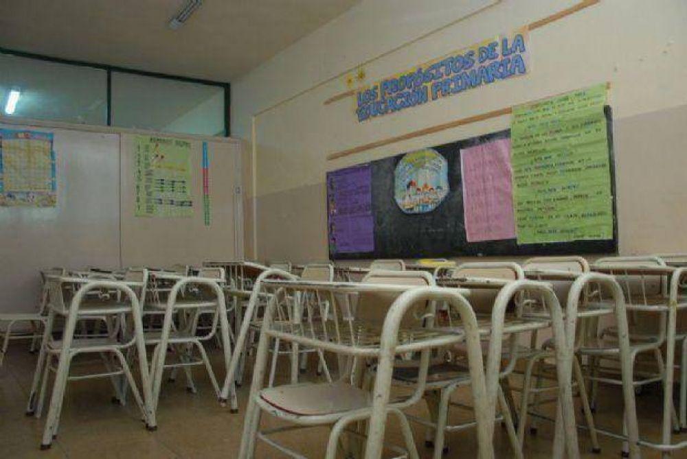 Todos los gremios docentes ya decidieron parar hasta el viernes
