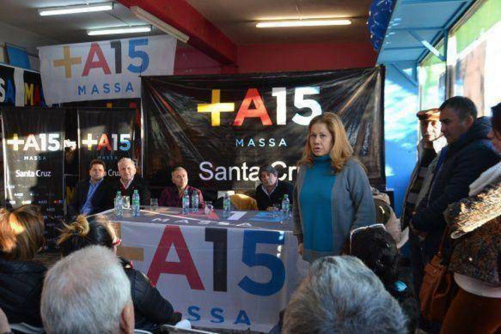 Graciela Camaño encabezó apertura de comando de campaña del Frente Renovador