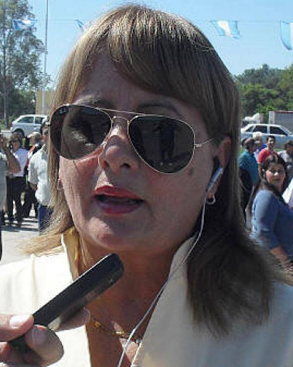 Desde el Estado asisten a los hijos de la mujer quemada en un confuso episodio en el Guadalupe