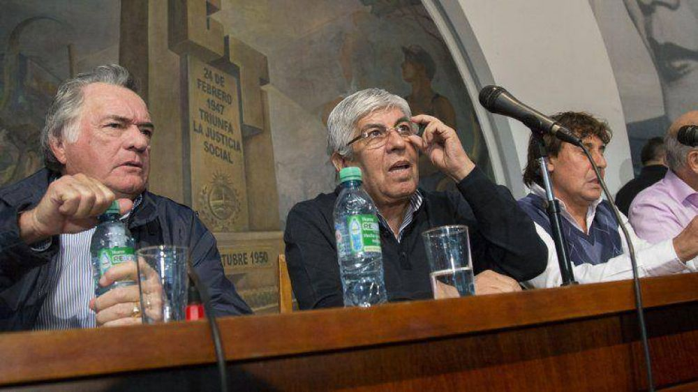 Sin expectativas de diálogo con el Gobierno, el sindicalismo opositor evalúa intensificar la protesta