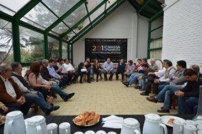 Concejales massistas se reunieron en Morón y ratificaron su pertenencia al Frente Renovador