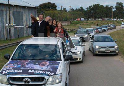 Caravana de final de campaña del Frente Renovador en Santa Fe