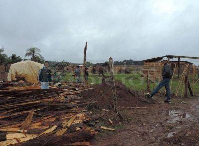 Empresas contructoras amenazan con desalojar a 80 familias en Posadas