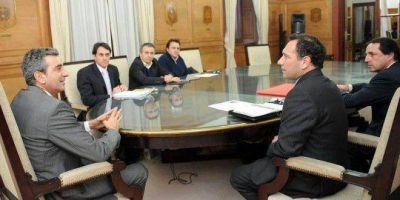 Facundo Celasco junto al Ministro Florencio Randazzo anunciaron el llamado a licitación de refacción de la Estación de Trenes