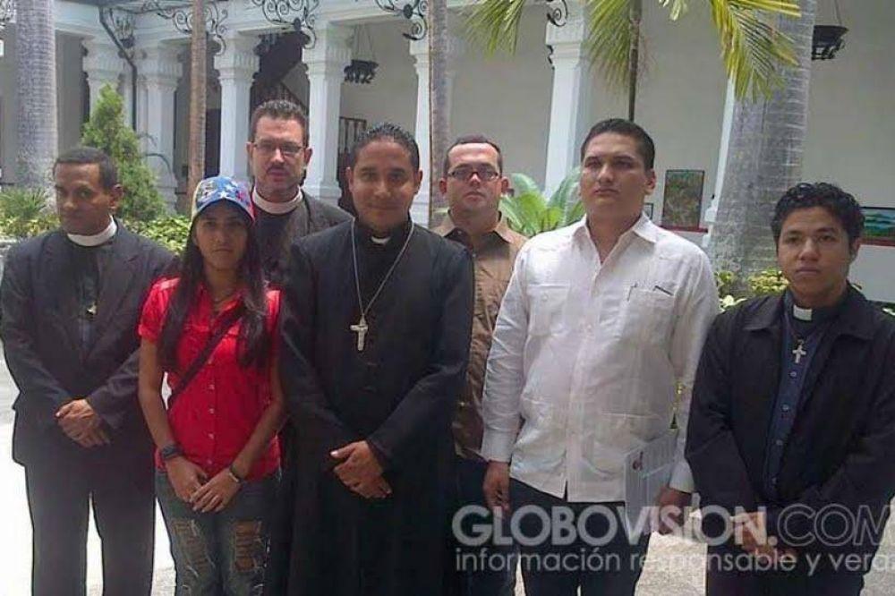 "Denunciados ""falsos sacerdotes"" en Venezuela"