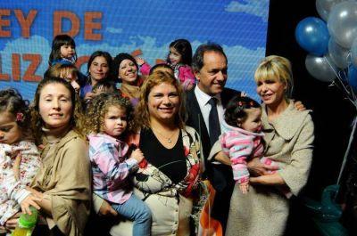 El Gobernador presentó la ampliación de la ley de fertilidad: No habrá límites de edad y se suma la ovodonación