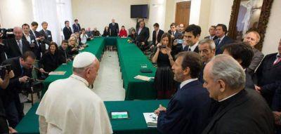 Por el escándalo de la FIFA, el Vaticano suspende el acuerdo con la AFA y la Conmebol