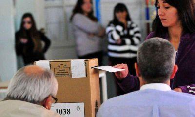 La UCR arriesga 41 municipios, UPC 22 y el FpV 15, en un s�per domingo electoral