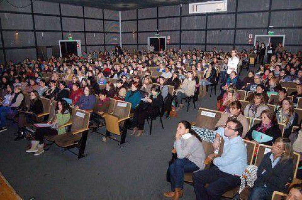 Más de 650 vecinos participaron de un Congreso regional sobre Autismo