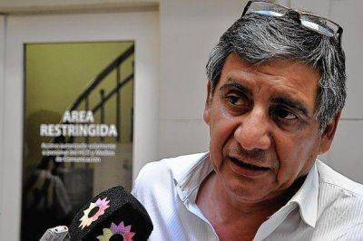 Ganuza y Serra defienden a Pera